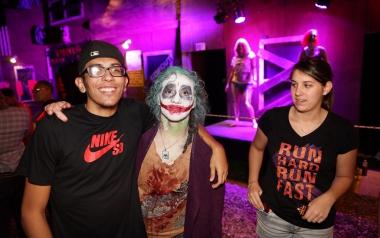 Joker with customer